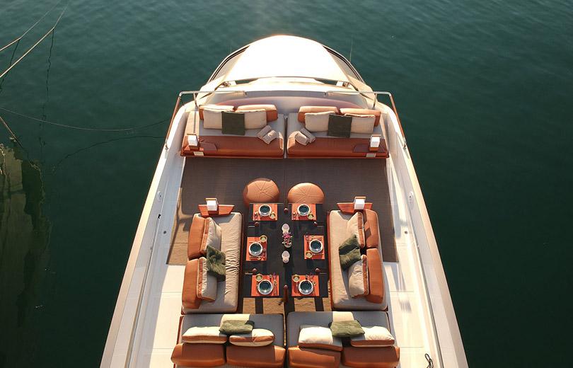 rent yacht ibiza goldfinder
