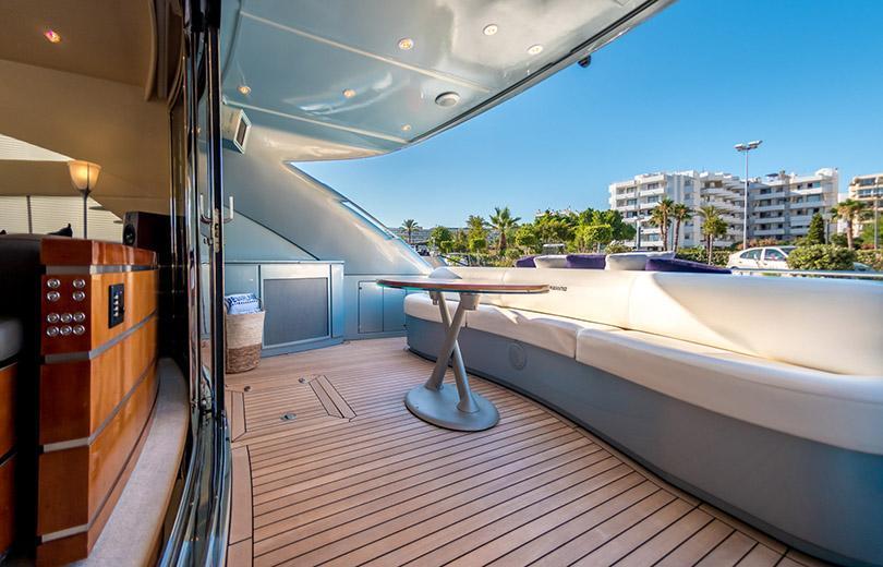 rent yacht ibiza pershing 76