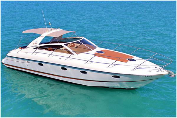 alquiler de barcos en Ibiza lanchas