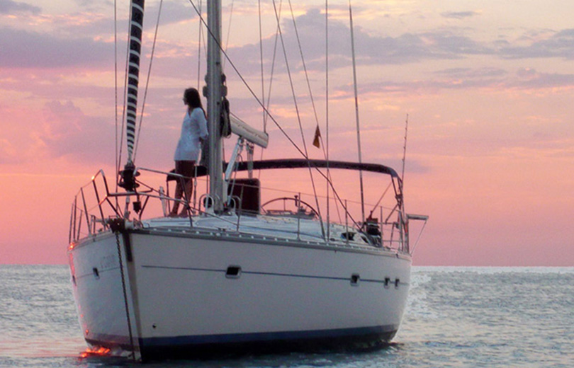 rent sailboat ibiza bavaria 47