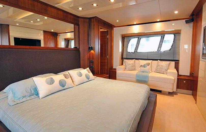 rent boat ibiza predator 84
