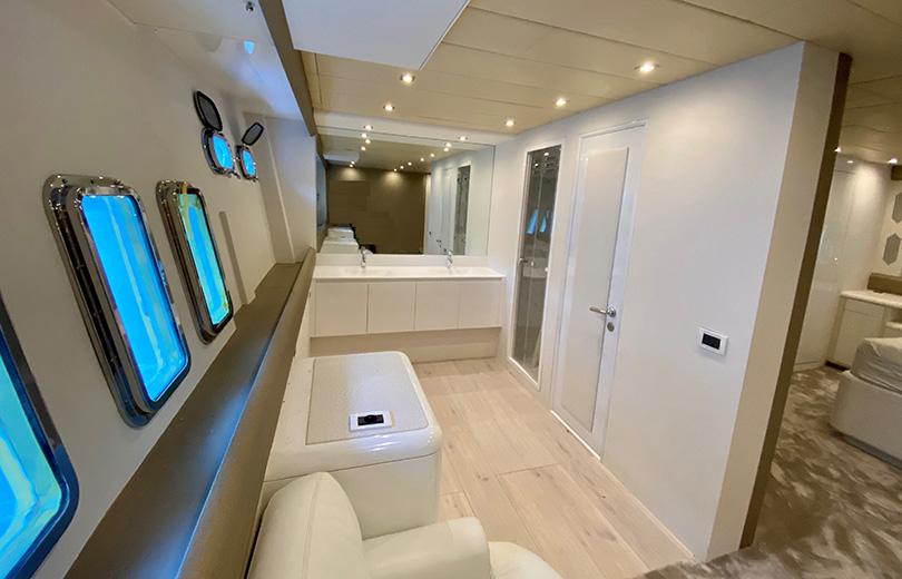 rent boat ibiza mangusta 108