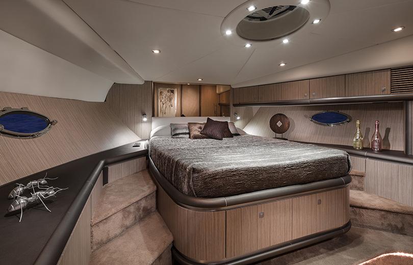 rent boat in ibiza predator 68