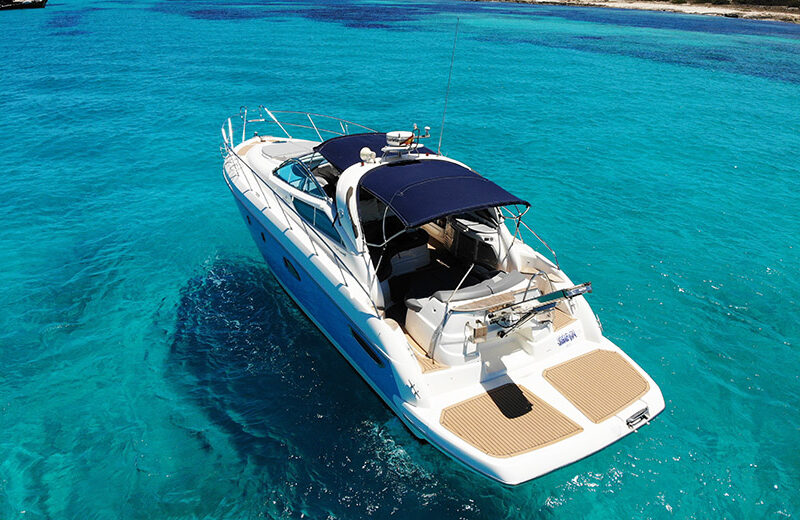 Alquiler de lancha Cranchi 43 en Ibiza